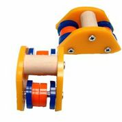 ROLLER SKATES SMALL (LOW PROFILE)